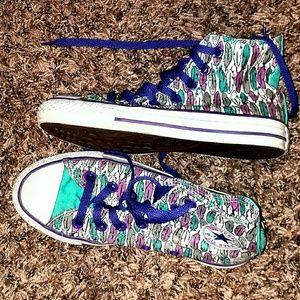 Converse shoes Size 3